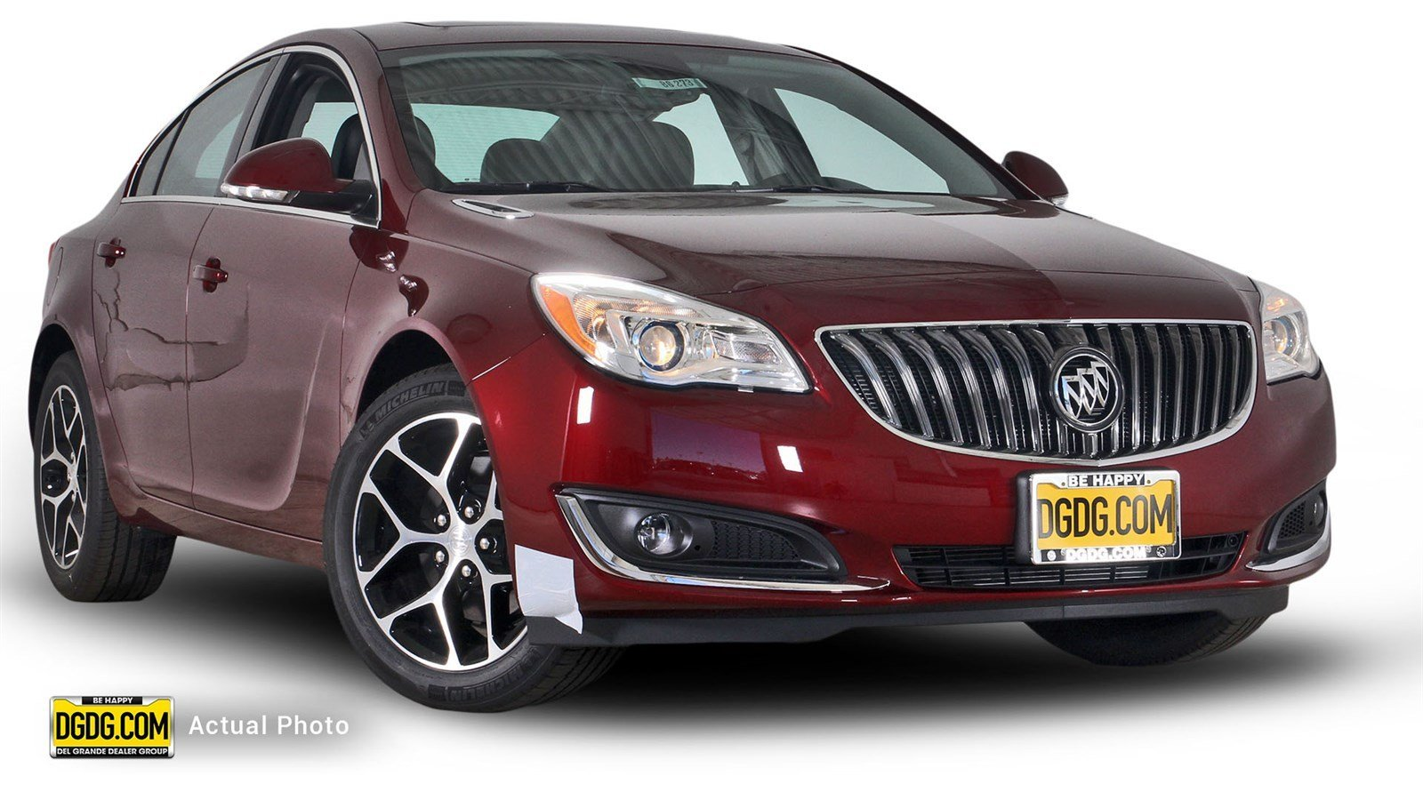 new 2017 buick regal sport touring 4d sedan in san jose b6273 capitol buick gmc. Black Bedroom Furniture Sets. Home Design Ideas